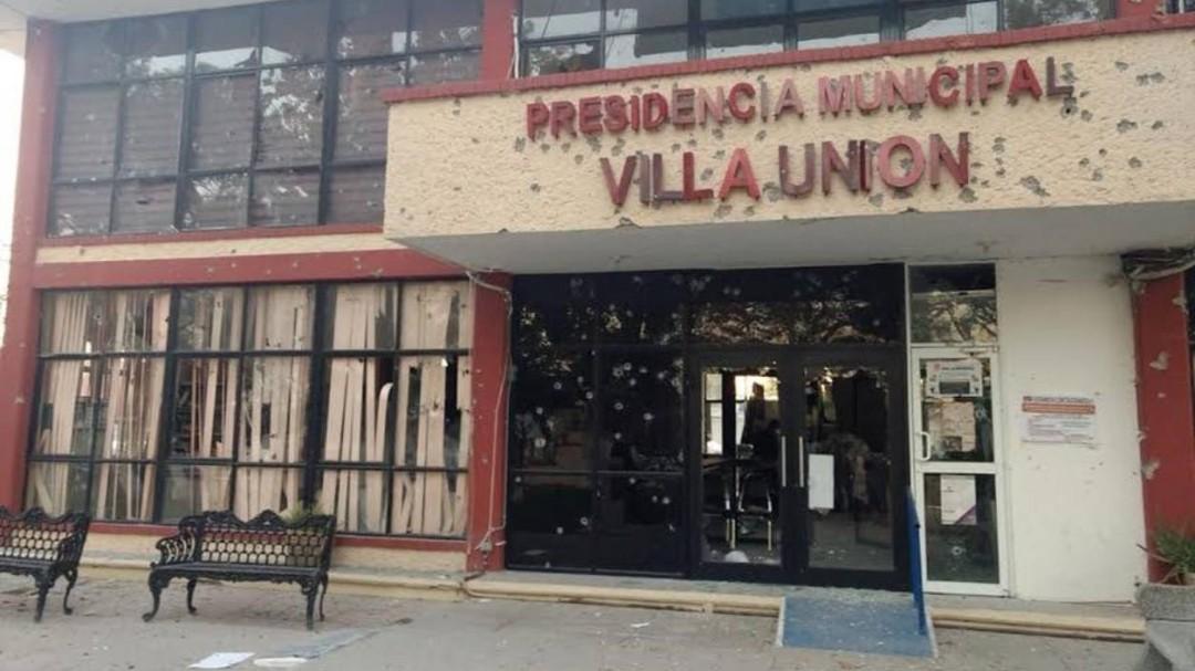Suman 25 muertos por enfrentamiento en Villa Unión