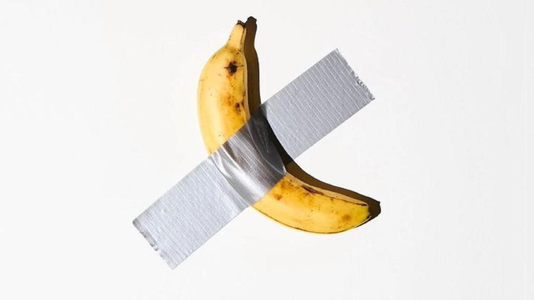 SOPITAS: El plátano valuado en $120.000 dólares que se comió un visitante