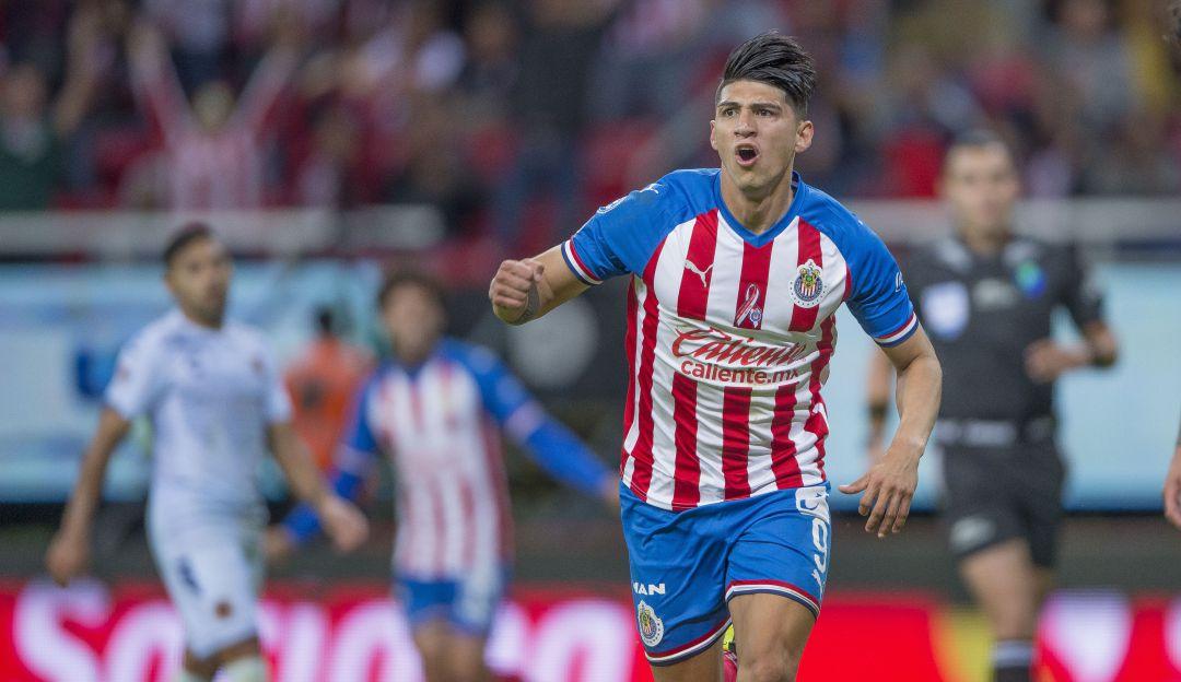 Alan Pulido dejó a las Chivas para ir a la MLS