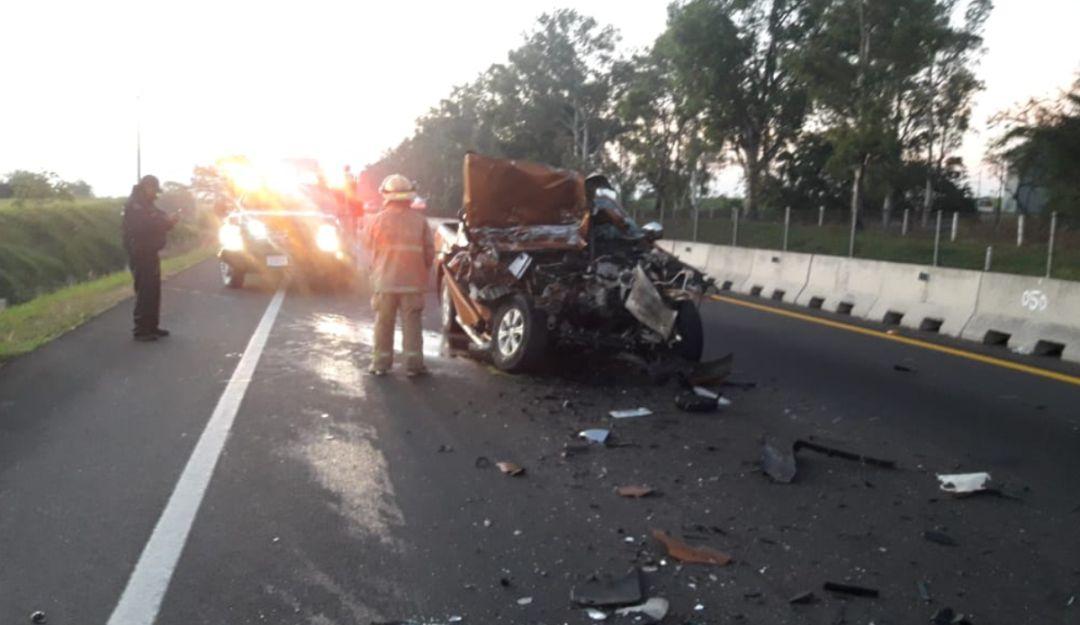 Fallecen dos personas en la autopista Guadalajara- Colima