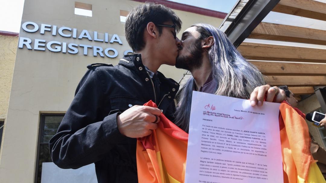 Diputada de Morena propuso legalizar matrimonio igualitario en todo el país