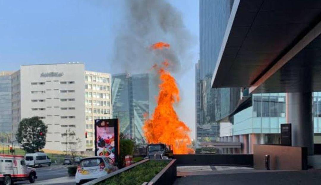 Dos mil personas fueron evacuadas por incendio en Park Plaza Santa Fe