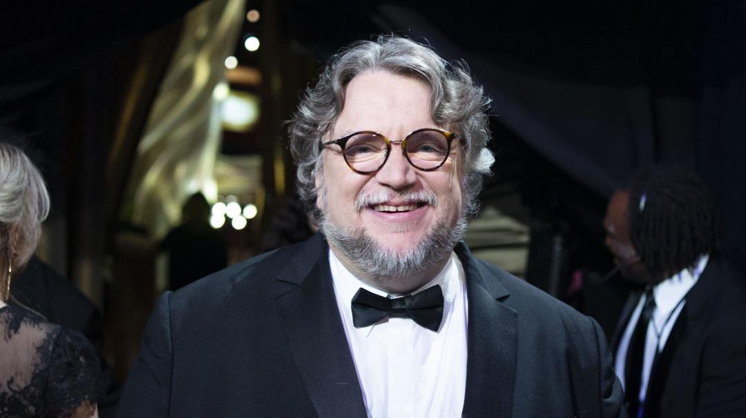 Guillermo del Toro lanza beca para jóvenes que quieran estudiar cine
