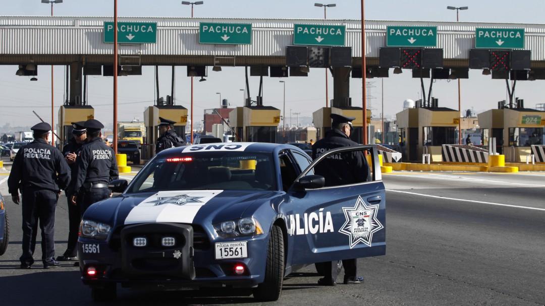Más de 10 mil policías federales vigilan carreteras por Año Nuevo