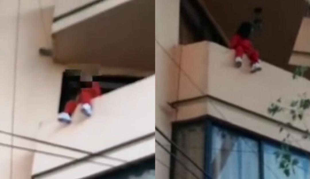 Salvan a niña de 4 años de caer de un balcón en la CDMX