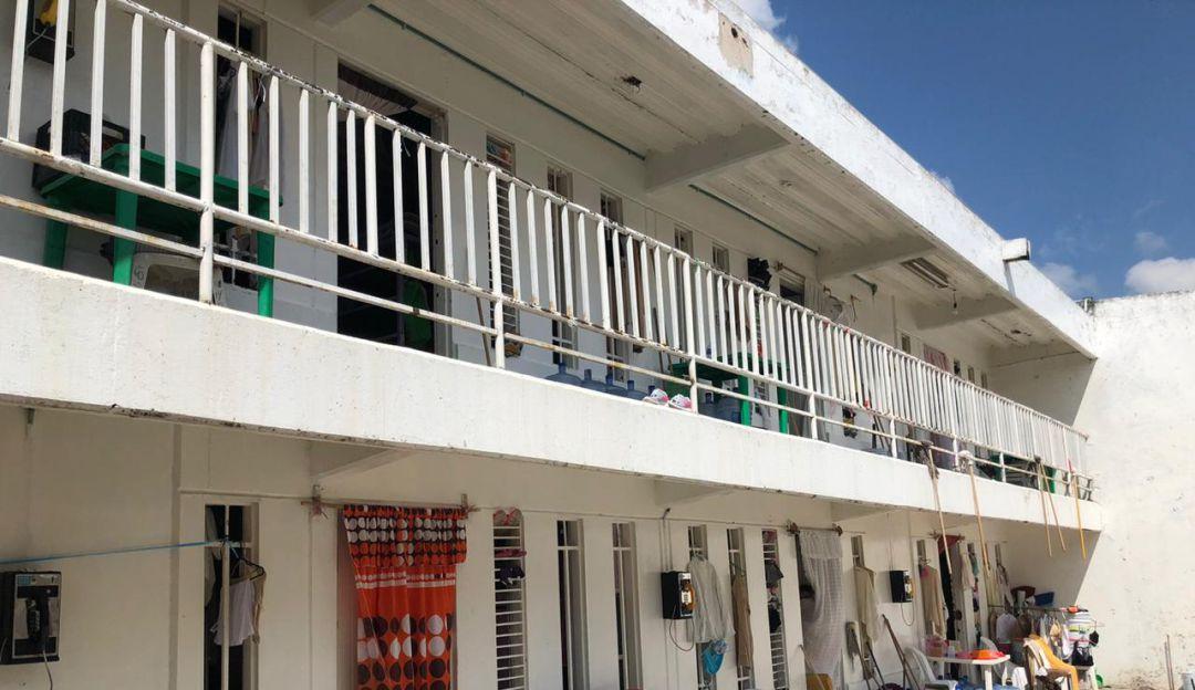 Inauguran auditorio para internos de Puente Grande