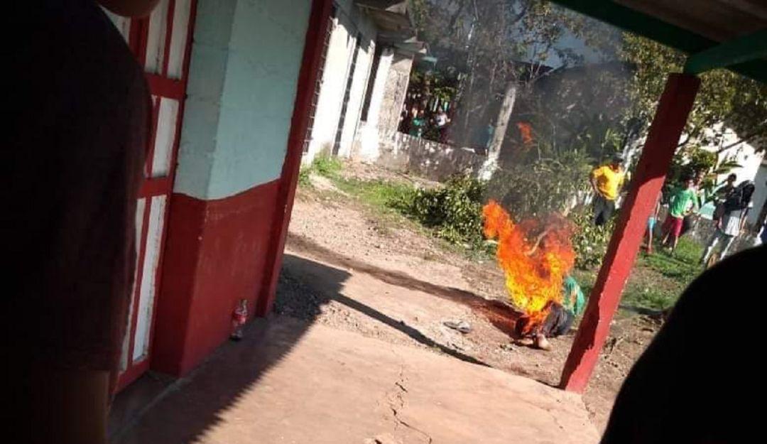 Queman a presunto violador y asesino de niña en Chiapas