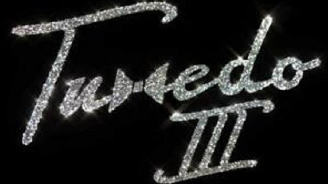 #MARTESFUNK: Tuxedo