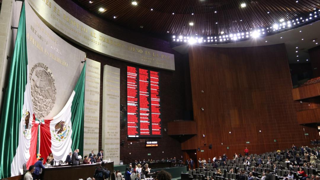 Avión presidencial evidencia que salen caros caprichos de AMLO: oposición