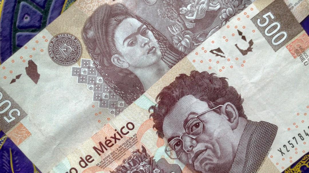 6 mexicanos que acumulan la misma riqueza igual a la mitad de la población