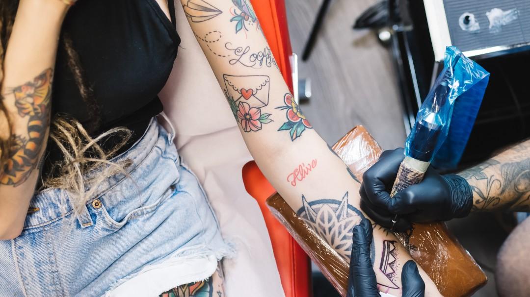 ¿Después del tatuaje qué?; aquí te decimos cómo cuidarlo