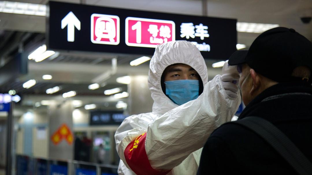 Sube a 80 la cifra de muertos por coronavirus en China