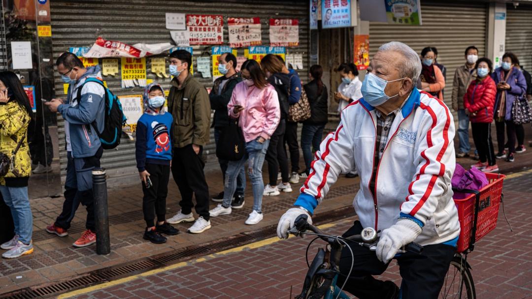 Aumenta a 213 la cifra de muertos por coronavirus en China