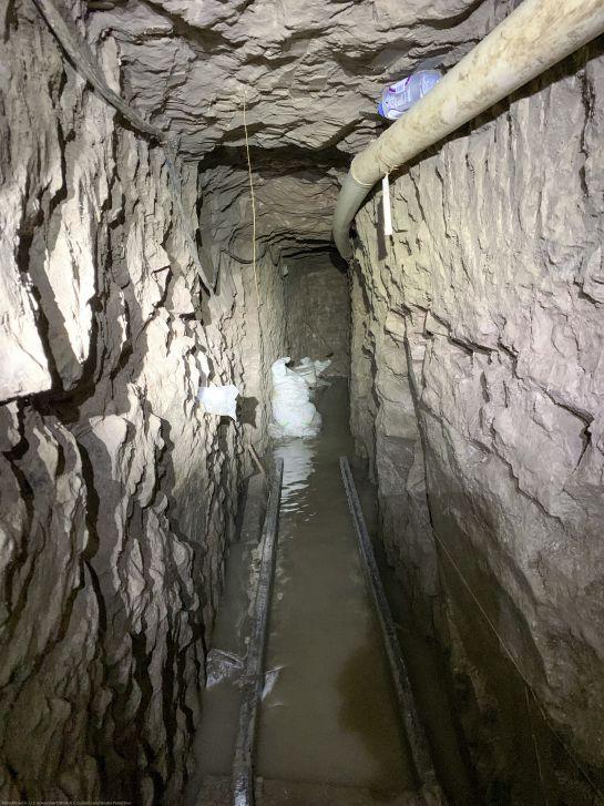 TUNEL ENCONTRADO EN LA FRONTERA
