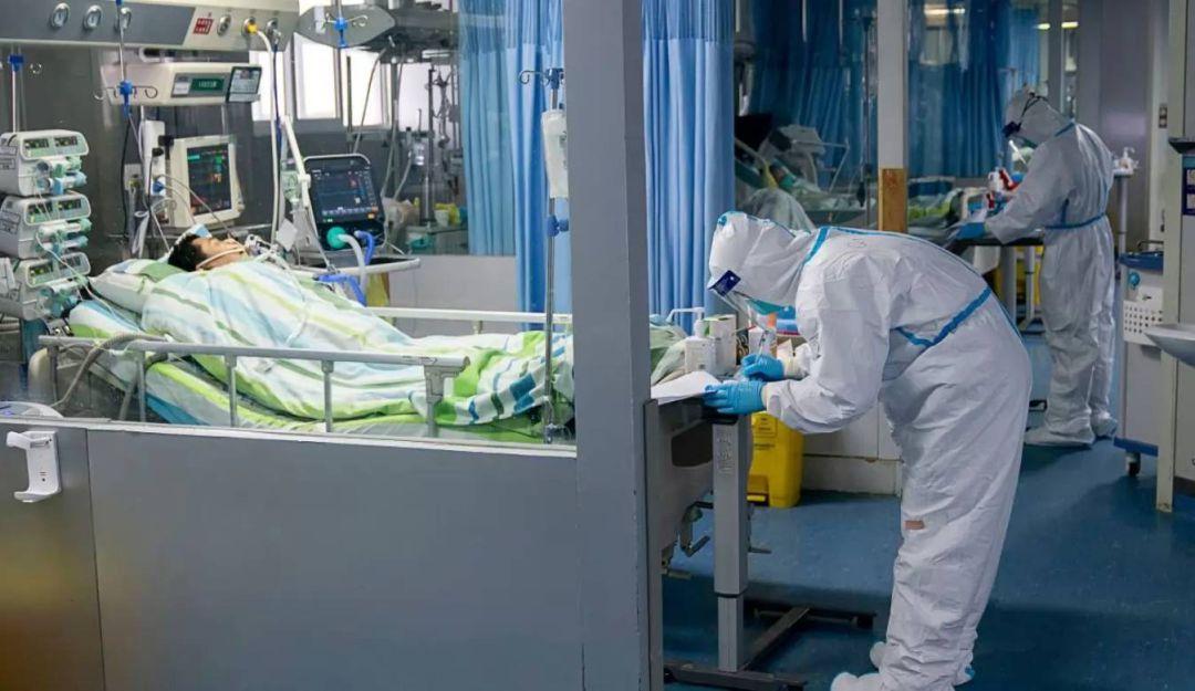 Ascienden a 304 los muertos por coronavirus en China