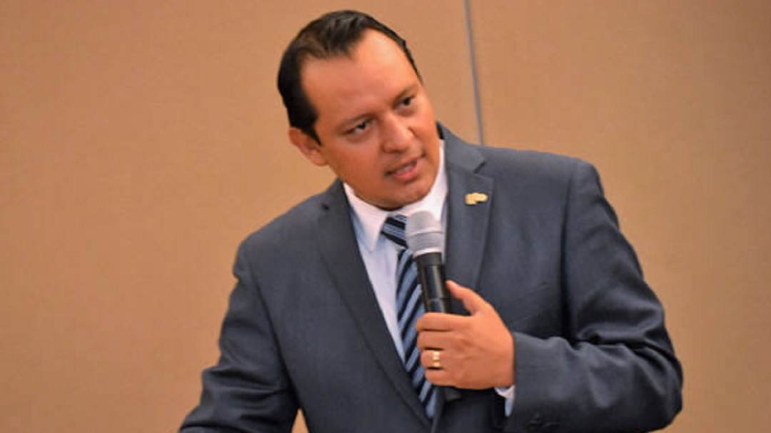 No nos adherimos al Insabi: Daniel Díaz Martínez