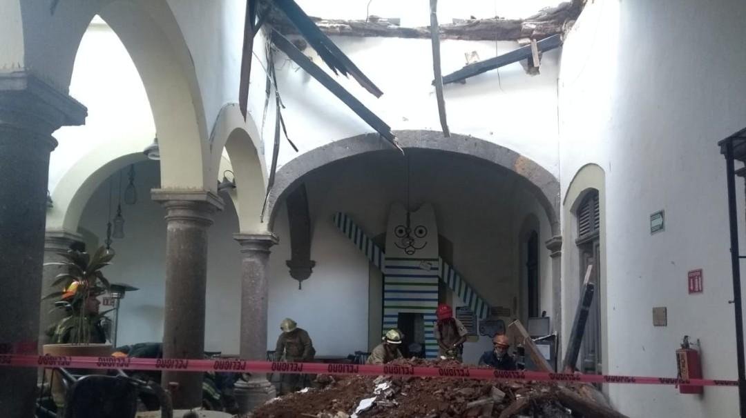 Se derrumba techo de un restaurante en Tlaquepaque