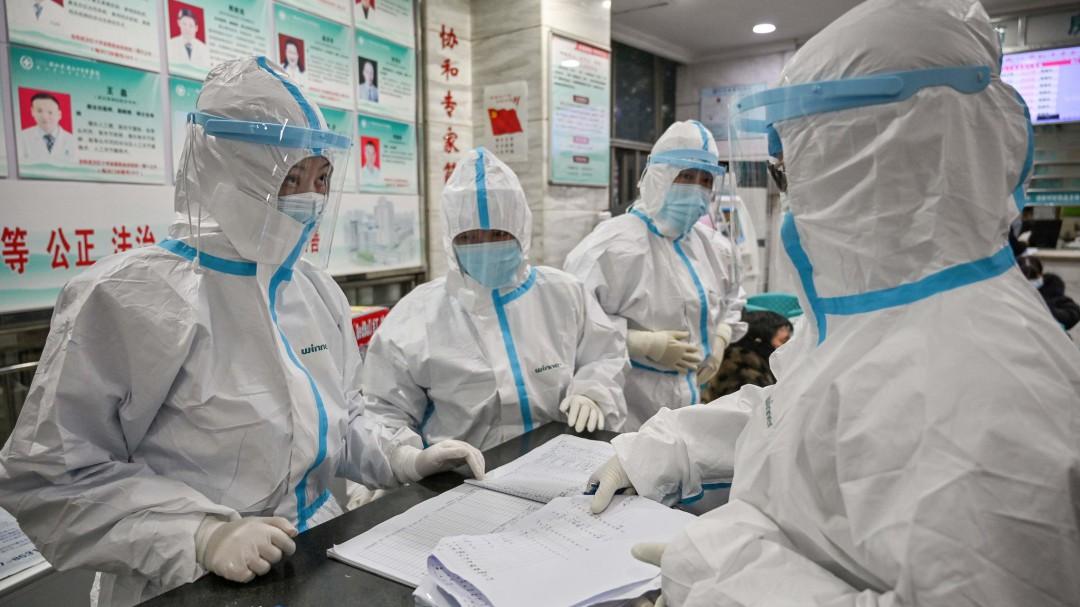 Van 490 muertos por coronavirus en China