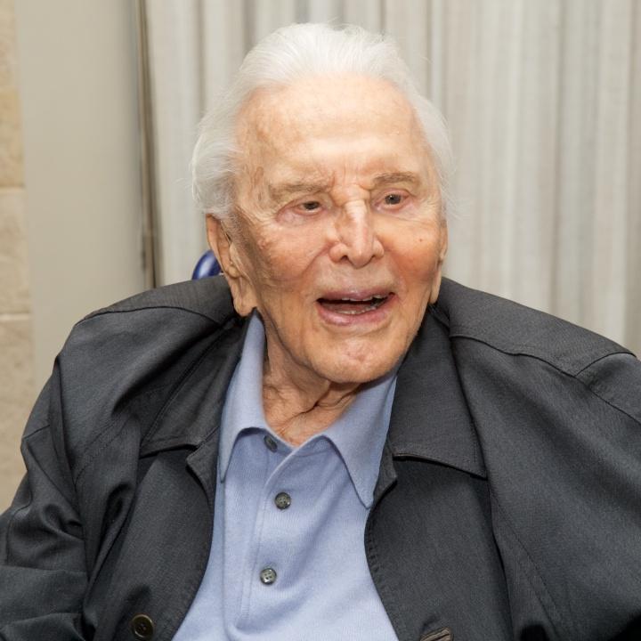Fallece el actor Kirk Douglas a los 103 años de edad
