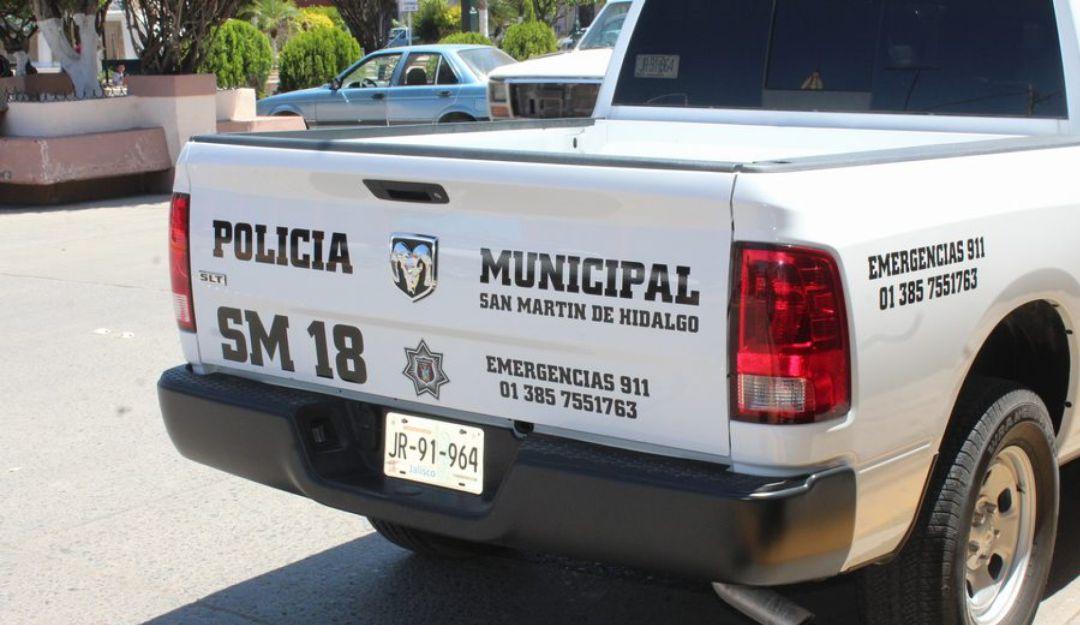 Investigan supuestas autolesiones de un policía en San Martín Hidalgo