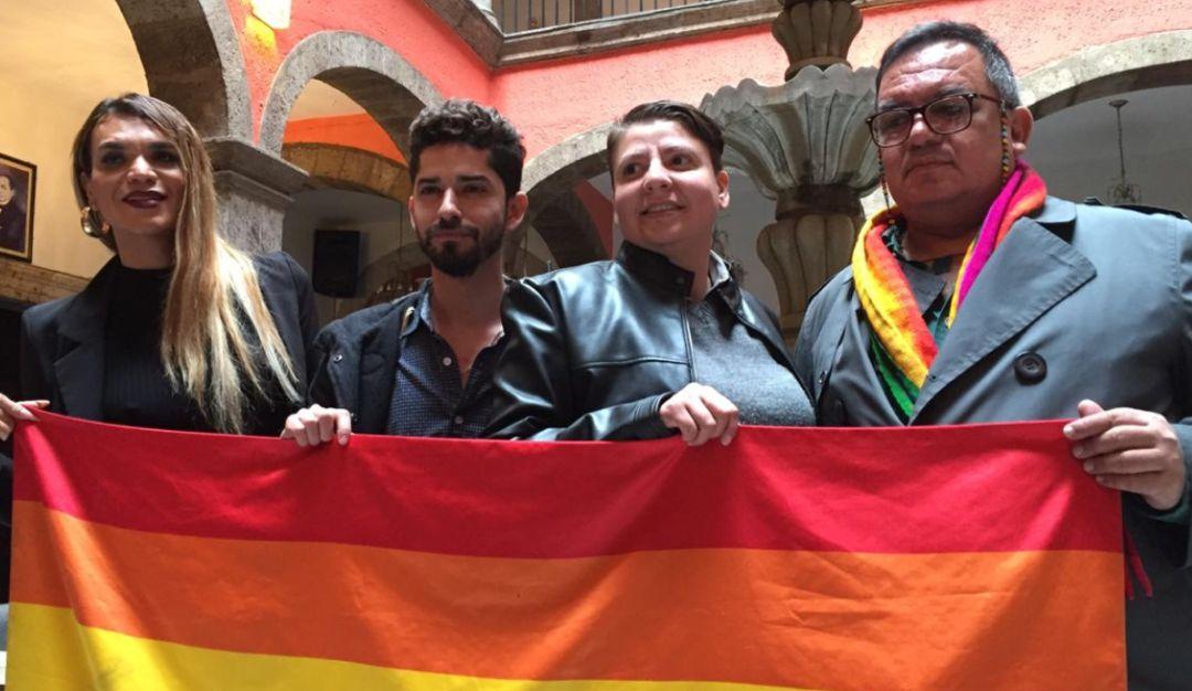 Entrevista con Enrique Cárdenas dir. registro civil