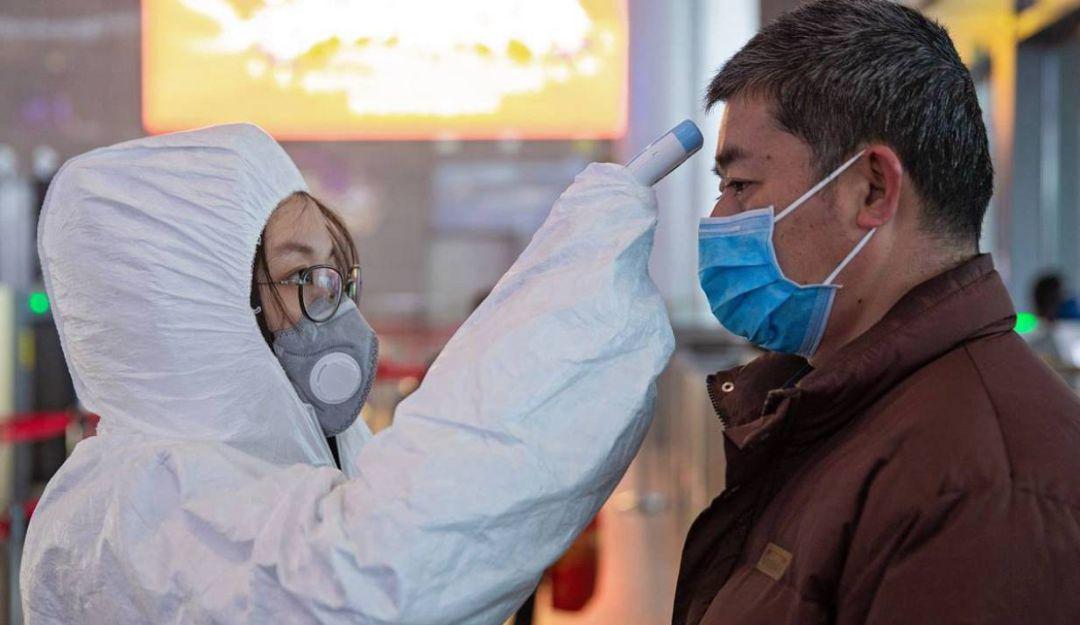 Se reportan 811 muertos por coronavirus en China