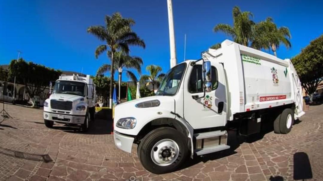 Ixtlahuacán de los Membrillos estrena camiones recolectores