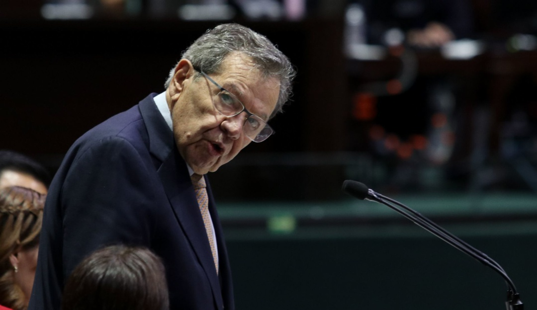 Presenta Muñoz Ledo iniciativa en favor de migrantes