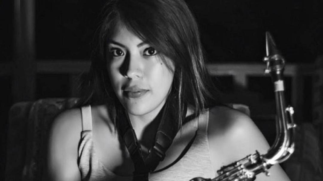 Suman nuevo delito contra agresor de saxofonista atacada con ácido