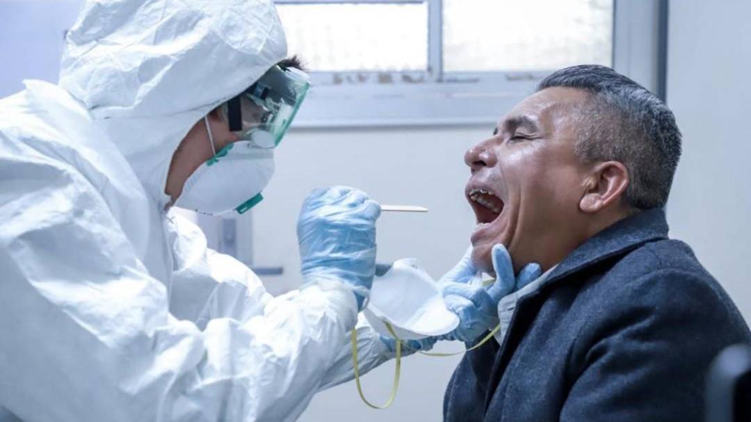 """Realizan simulacro de atención a """"pacientes con COVID-19"""""""