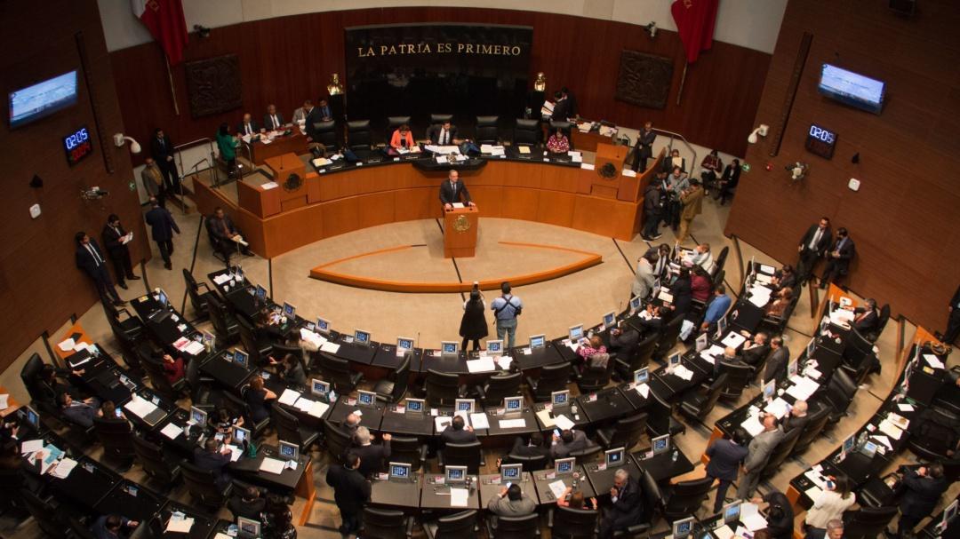 Morena impone en Consejo de CFE a ex colaboradora de Bartlett