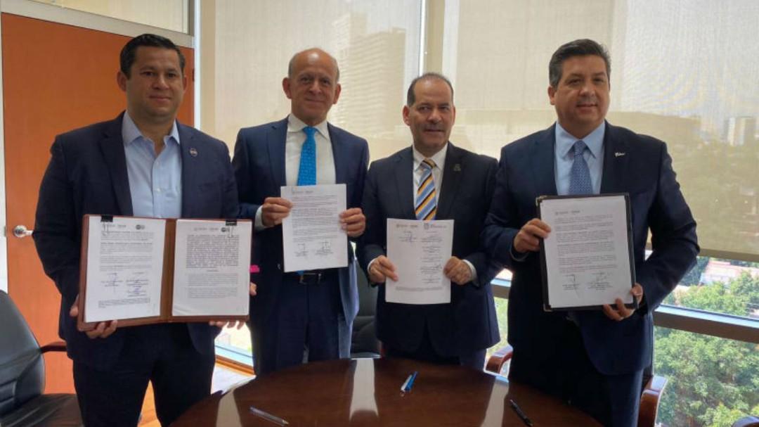 Firman gobernadores convenio de no adhesión al INSABI