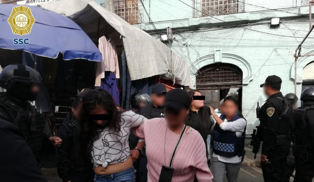 SSC detiene a 16 presuntos narcomenudistas en Tepito