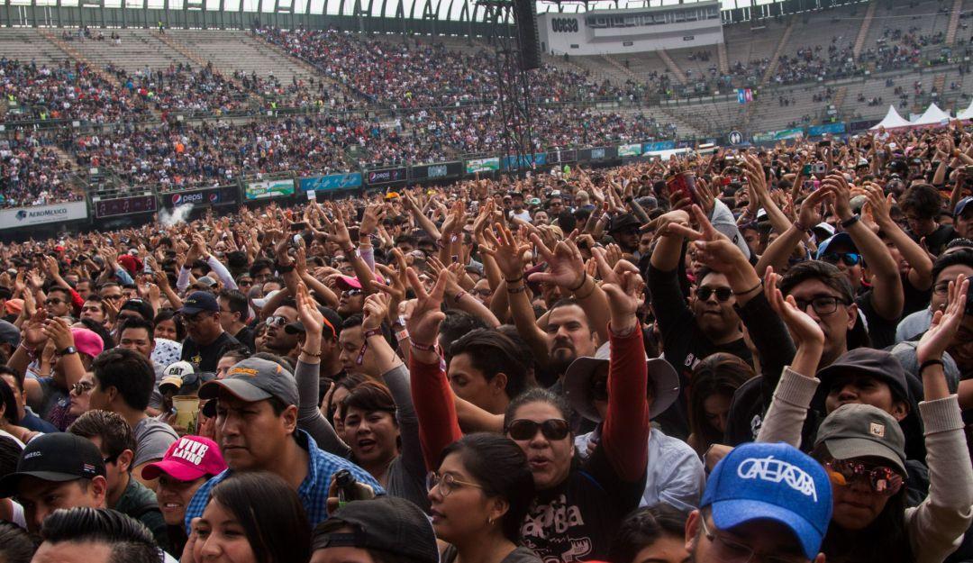 Cancelan algunos eventos masivos en CDMX; Vive Latino sigue