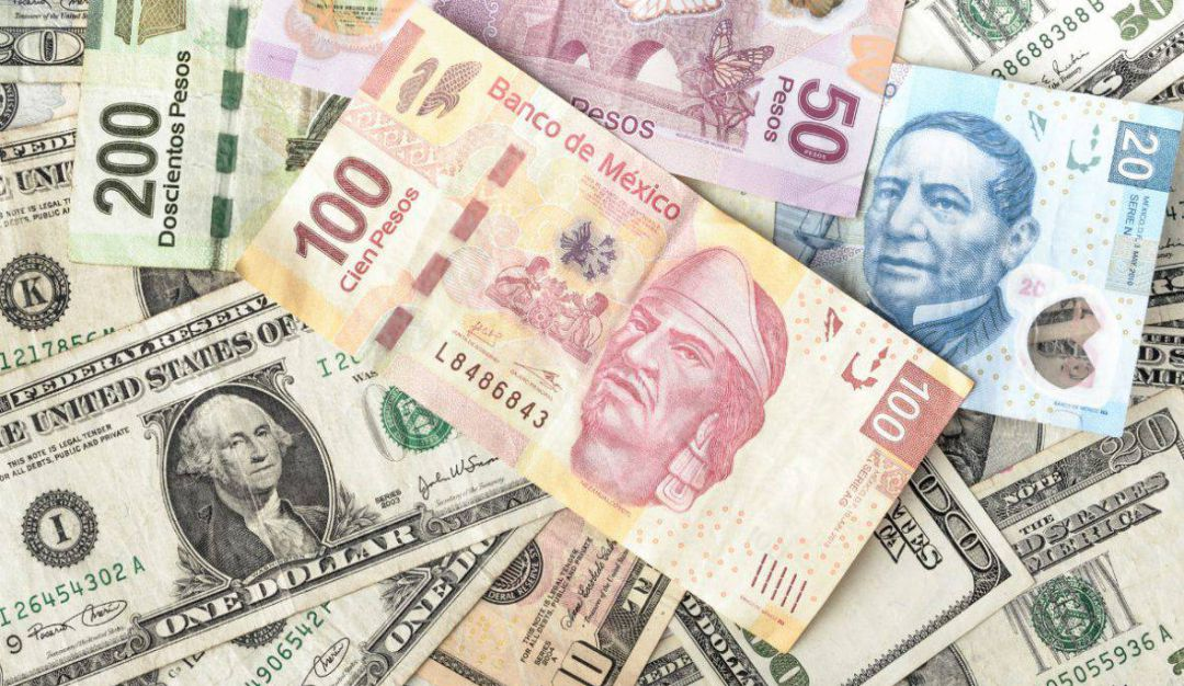 Continúa cayendo el peso y marca mínimo histórico respecto al dólar