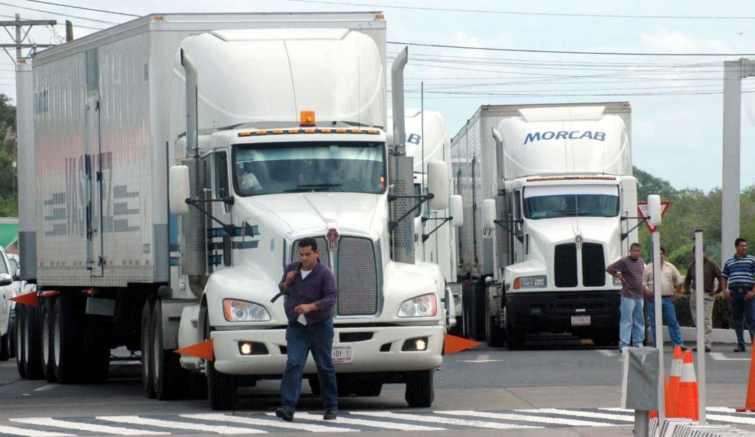 Garantiza la CANACAR abasto de productos y mercancías en el país