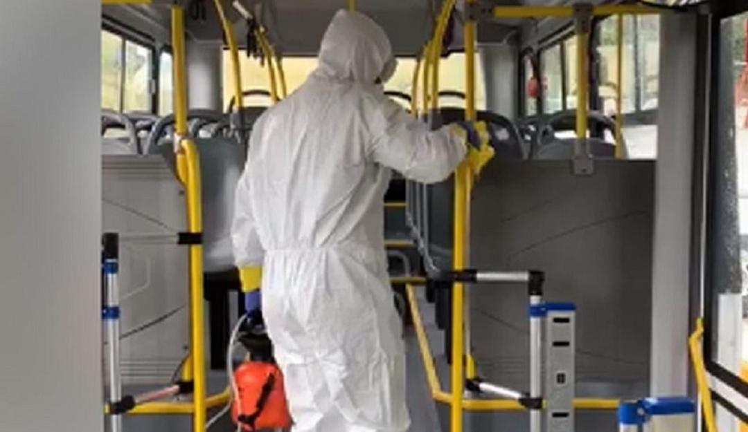 No habrá reducción del servicio de transporte público: Lajous