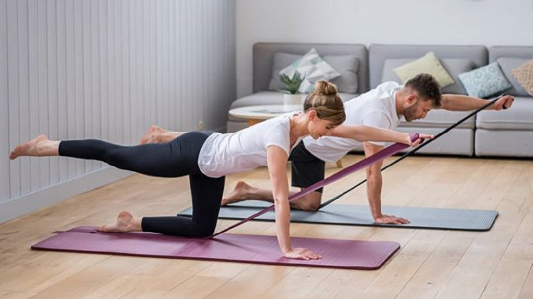 Coronavirus: 5 rutinas fitness para hacer en casa