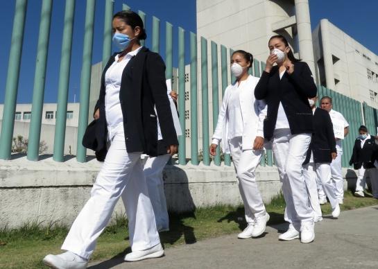 La jefa de gobierno afirmó que es momento de reforzar las medidas de prevención contra el coronavirus para evitar el contagio masivo