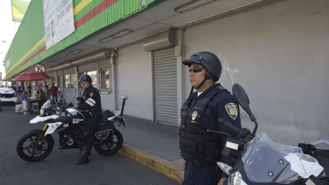 SSC mantiene vigilancia en tiendas comerciales para evitar saqueos