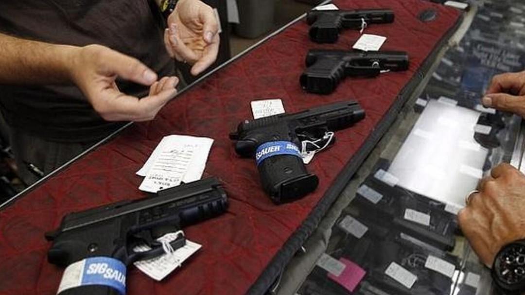 Venta de armas en EUA llegó a 2.6 millones en tres semanas: Enrique Perret