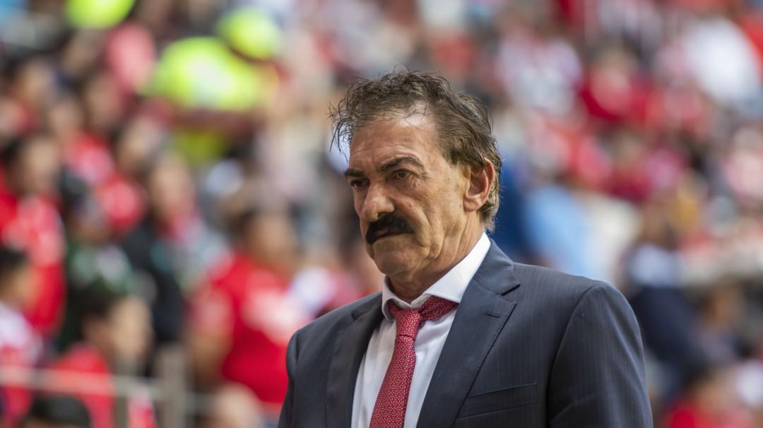 Ricardo La Volpe se retira como entrenador