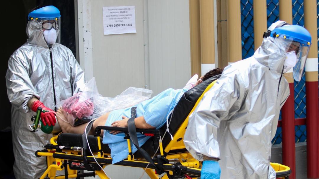 Médicos exigen una disculpa pública a AMLO