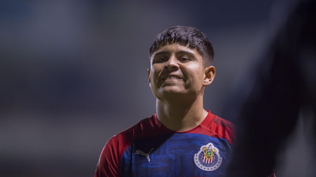 Eduardo López de Chivas habría roto cuarentena en una fiesta