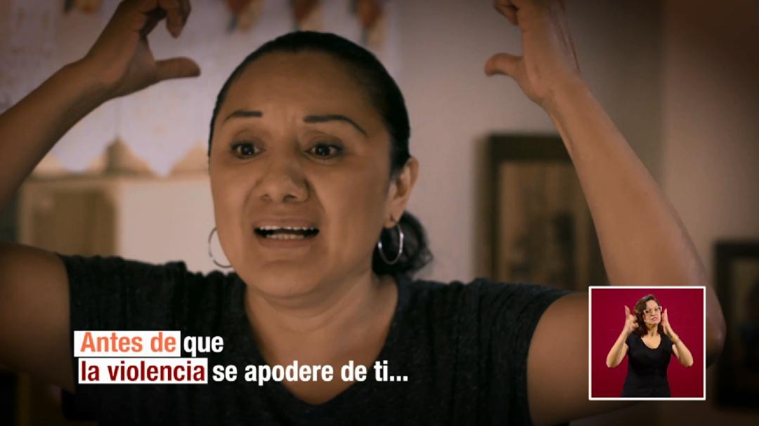 """Campaña """"Cuenta hasta 10"""" no es clara ni es original: Estefanía Vela"""