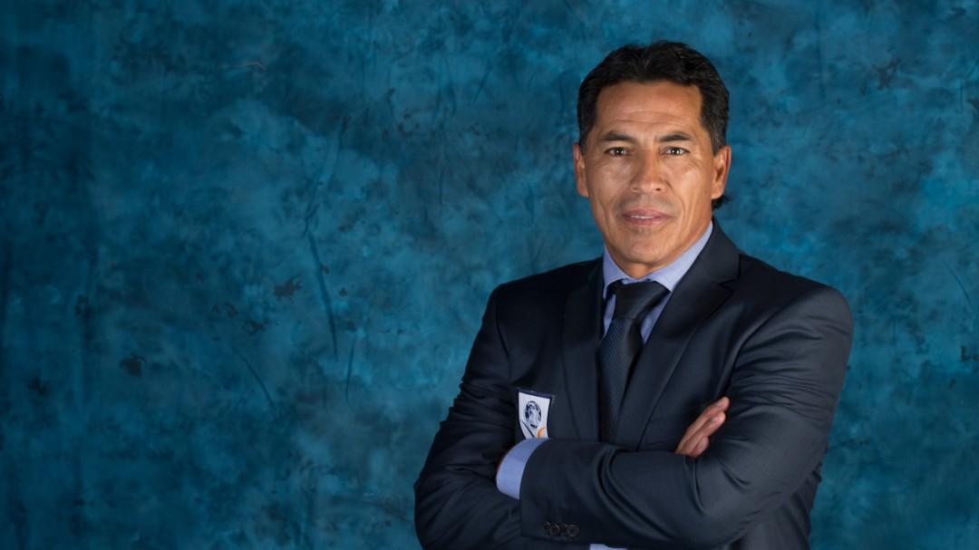 La leyenda del futbol mexicano, Benjamín Galindo, se encuentra grave