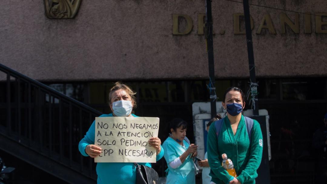 No faltan insumos para médicos… los hospitales quizá no los entregan: AMLO