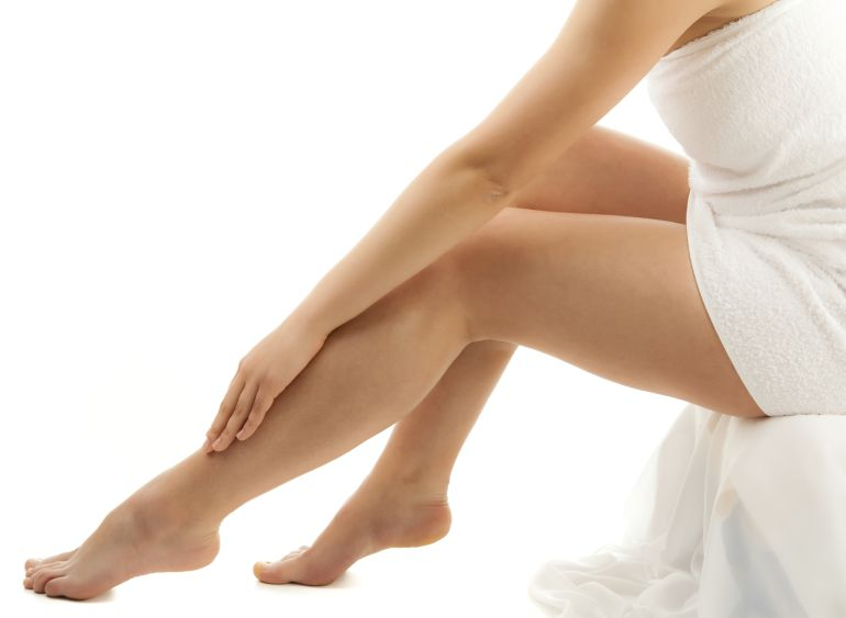 mala circulacion en las piernas causas