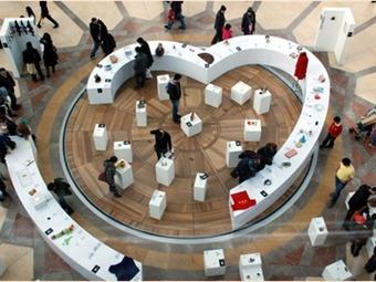 Museo de las Relaciones Rotas abre sus puertas a los objetos ...