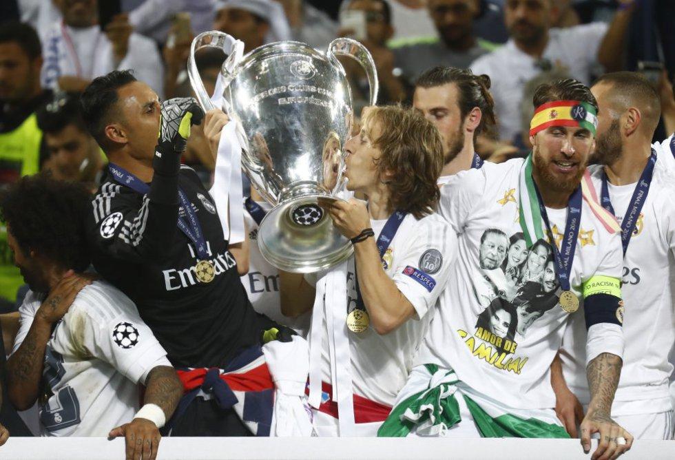 Las mejores imágenes de la celebración del Real Madrid tras conquistar la Champions League